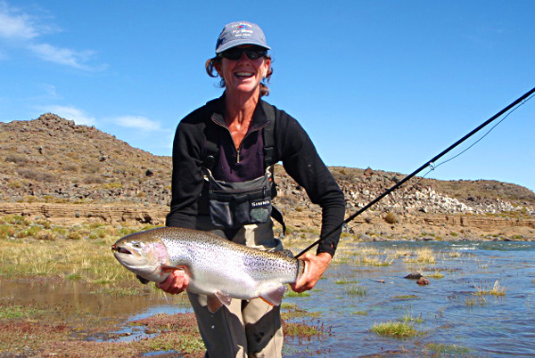 Esquel outfitters jurassic lake fishing trip report for Sally t fishing